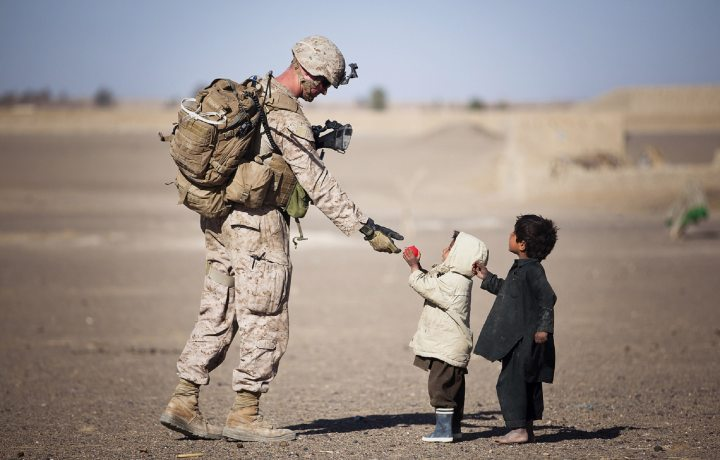 military-children-desert-36785-askthestrategistblog.com